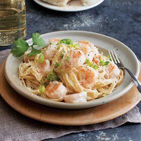 1 (20 oz. pkg.) Shrimp Fettuccine Alfredo